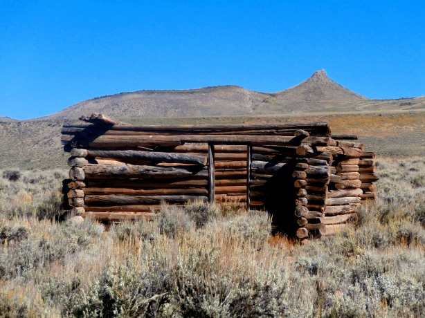Old homestead on Highway 9